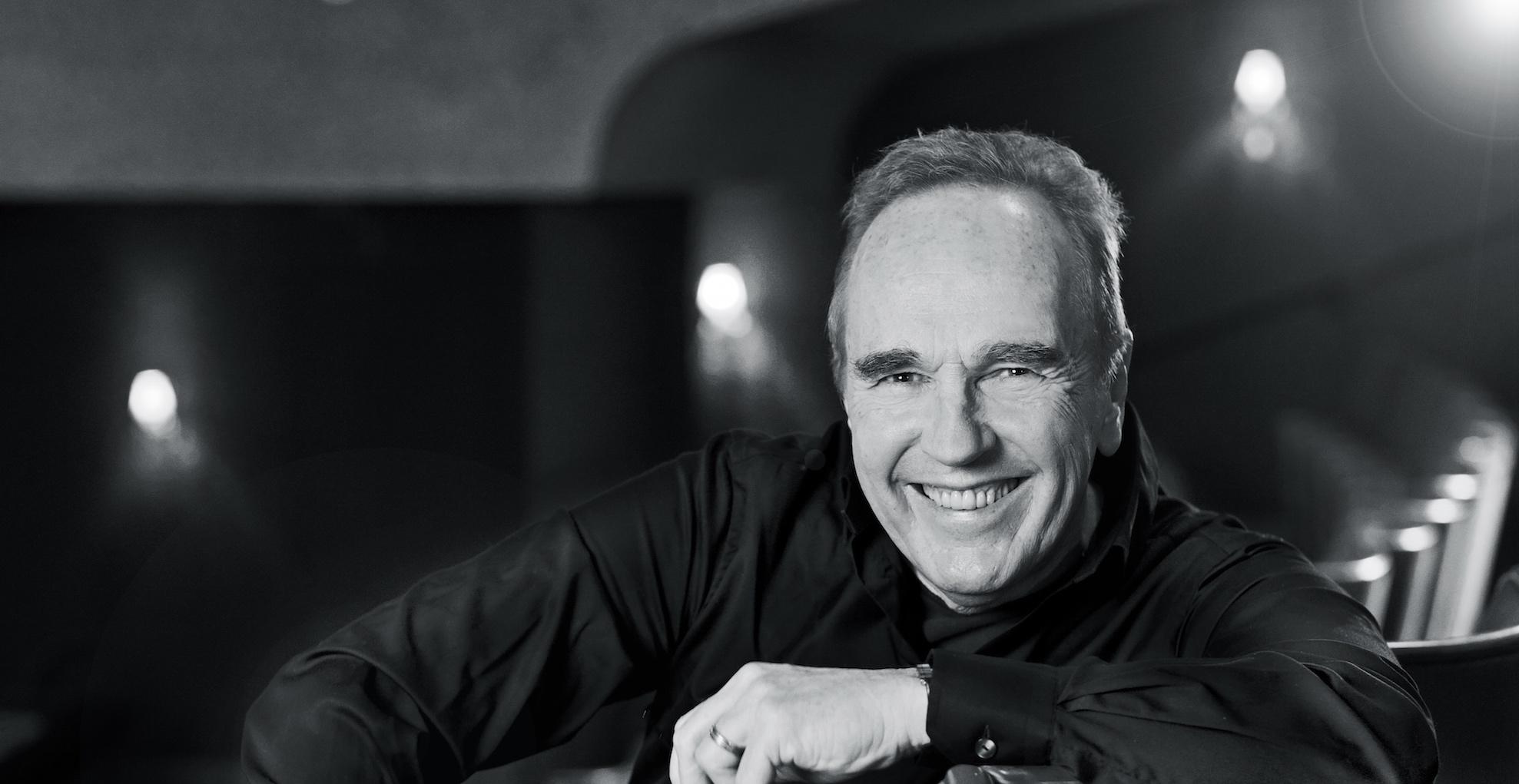 "5e894e22842b Lennie Norman firar 70 år med ny Sverigeturné ""Gubbvarning Live""!"